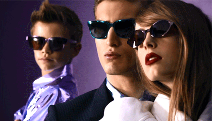 Burberry solbriller hos Sunglasses Shop